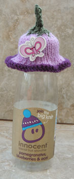 Innocent Smoothies Big Knit Hat Pattern - Flower and Butterfly button