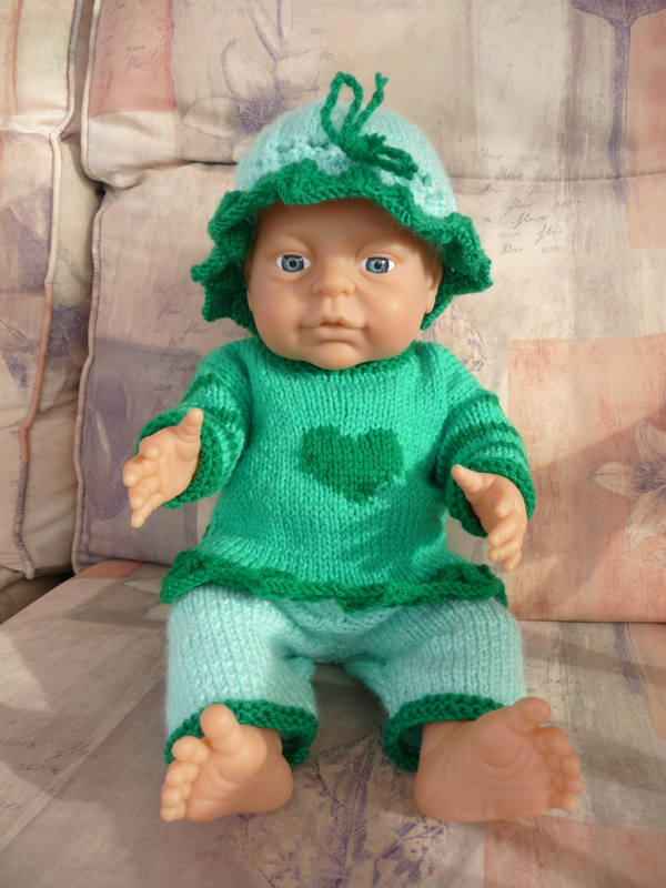 Doll's Clothes - Green Outfit