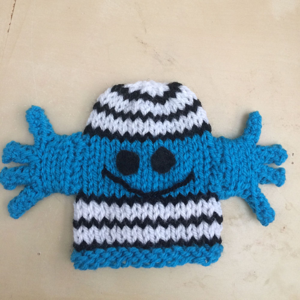 Innocent Smoothies Big Knit Hat Patterns - Mr Bump