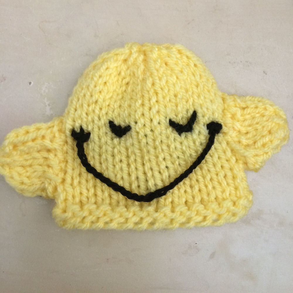 Innocent Smoothies Big Knit Hat Patterns - Mr Happy