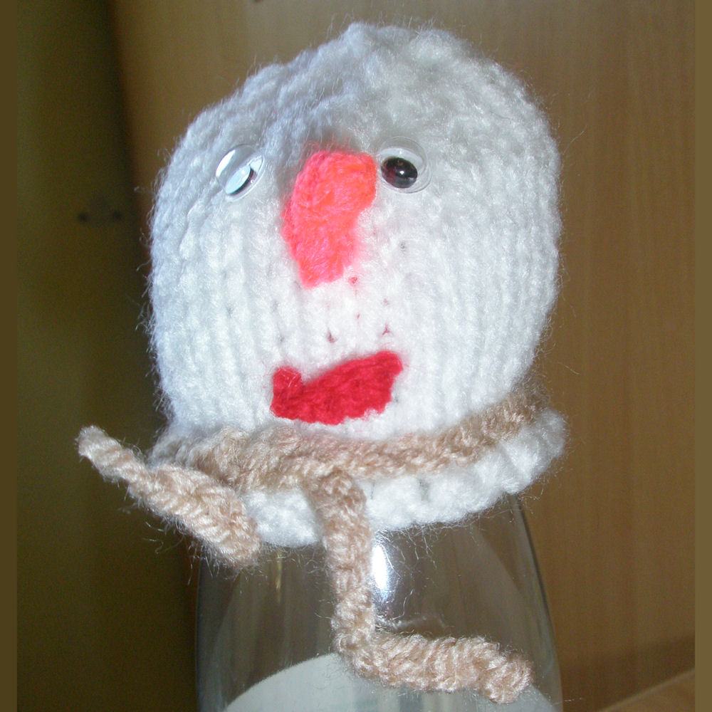 Innocent Smoothies Big Knit Hat Patterns - Snowman